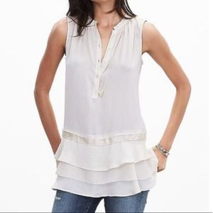 Banana Republic tiered ruffles sleeveless blouse